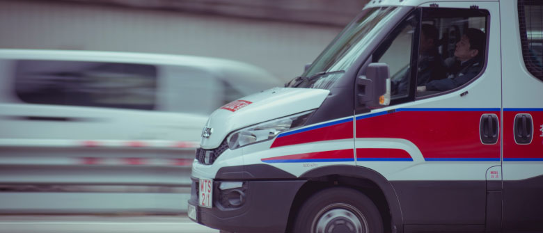 emergency-help-ambulance